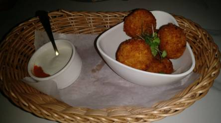 Chunky Jalapeno & Cheese Poppers